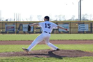 4-4_hmh_varsity_baseball_0014