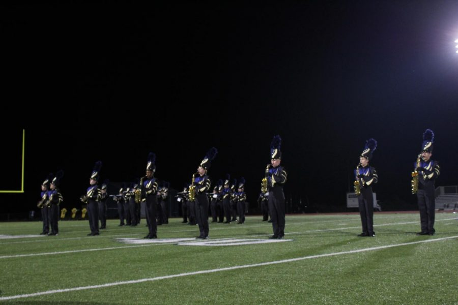 Marching+Band%2C+Golden+Girls+and+Cheerleader+9%2F17+Performance